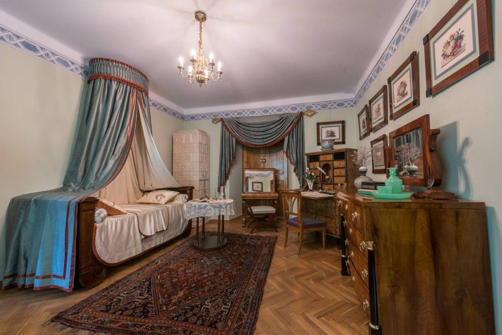 Muzeum Dzieduszyckich w Zarzeczu - sypialnia